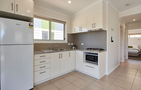 launcestonaccommodation-cityviewvillas-kitchen